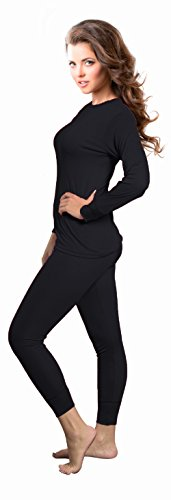 3de018aef1a1 Rocky thermal underwear keeps you warm as the seasons change. The two-piece  set is lightweight and great for various physical activities.